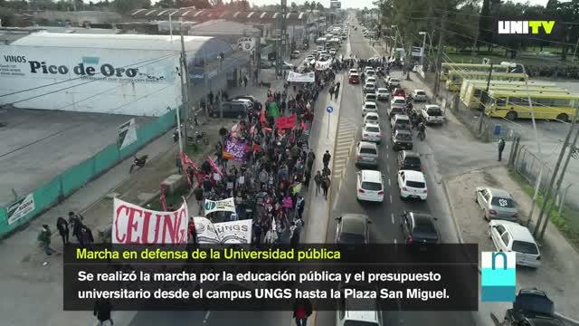 Marcha en defensa de la educación pública